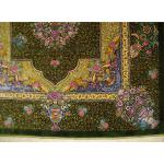 ذرع و نیم دستباف تمام ابریشم قم طرح ترنجی گلریزو گلدان تولیدی طلا کوب