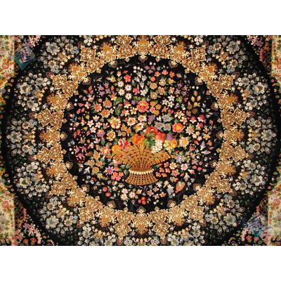 قالیچه تمام ابریشم قم سبد گل تولیدی صادق زاده