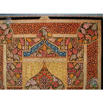 قالیچه دستباف تمام ابریشم قم تولیدی بیطرفان طرح خشت و محراب