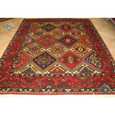 قالیچه دستبافت یلمه بروجن تمام پشم رنگ گیاهی طرح خشت لوزی