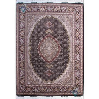 قالیچه دستباف طرح جدید ماهی یازده متن گل ابریشم پنجاه رج