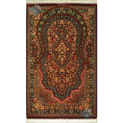 Zar-o-Nim Qom Carpet Handmade Flower Crown Design