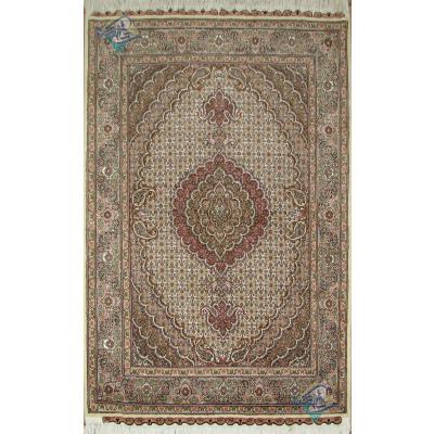 Zar-o-Charak Tabriz Carpet Handmade Mahi Design