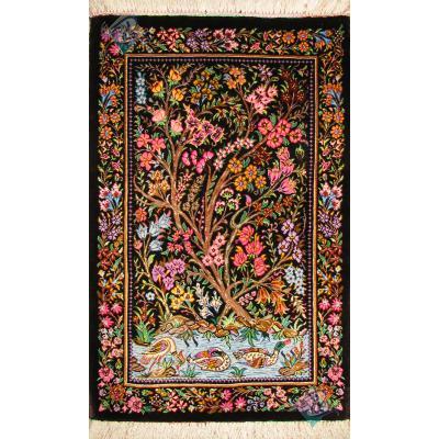 تابلویی فرش دستباف تمام ابریشم قم طرح برکه هشتاد رج اعلا باف