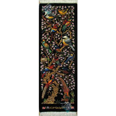 تابلویی فرش دستباف تمام ابریشم قم ستونی گل و بلبل تولیدی احمدی بدون قاب