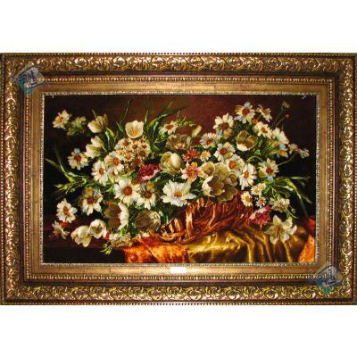 تابلو فرش دستباف تبریز طرح گلدان گل بابونه روی میز
