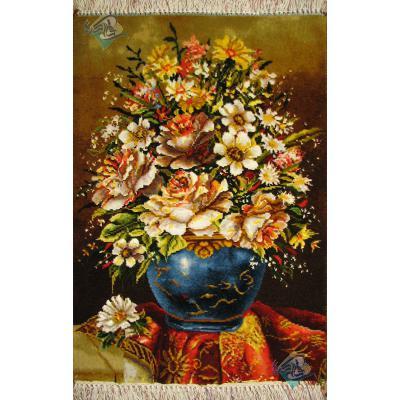 تابلو فرش دستباف تبریز طرح گلدان طولی چله و گل ابریشم بدون قاب