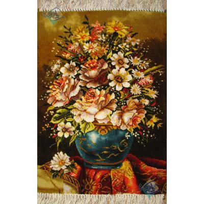 تابلو فرش دستباف تبریز طرح گلدان طولی وفرش چله و گل ابریشم بدون قاب